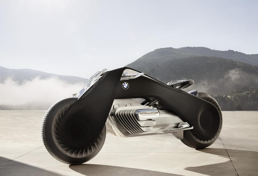 BMW Motorrad VISION NEXT 100: il futuro è arrivato (3)