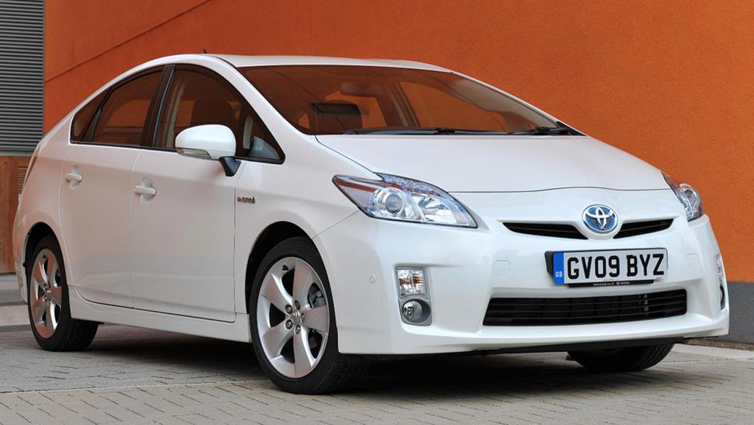 Toyota Prius 1.8 (2)