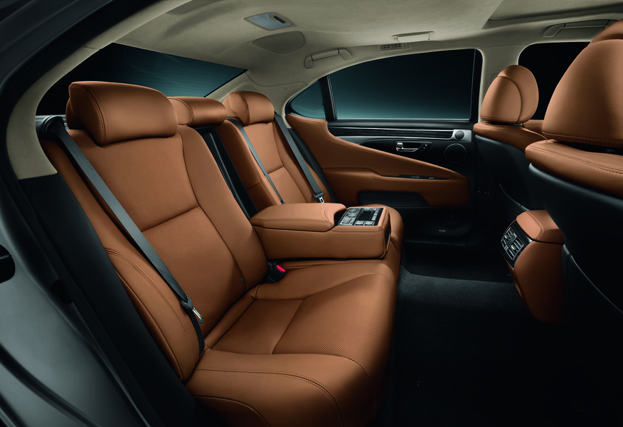 Lexus LS (2012->>) (5)
