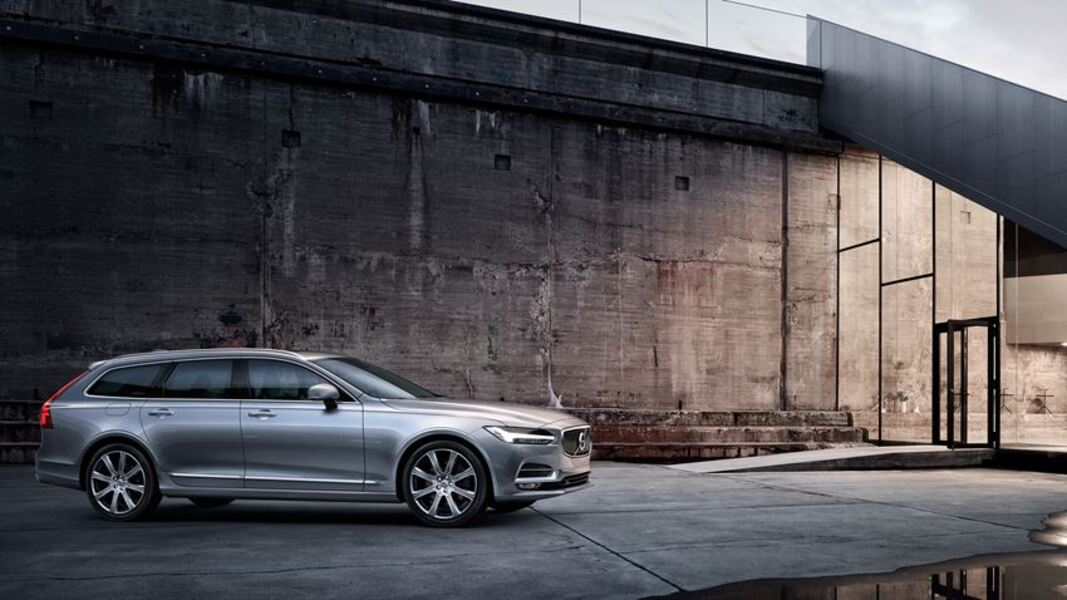 Volvo V90 D4 AWD Geartronic Kinetic