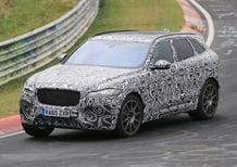 Jaguar F-Pace SVR: beccato lo spy al Nurburgring