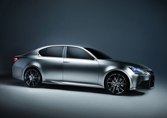 Lexus: la nuova GS debutterà a Pebble Beach