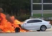 BMW: richiamo per più di 150.000 auto a rischio incendio
