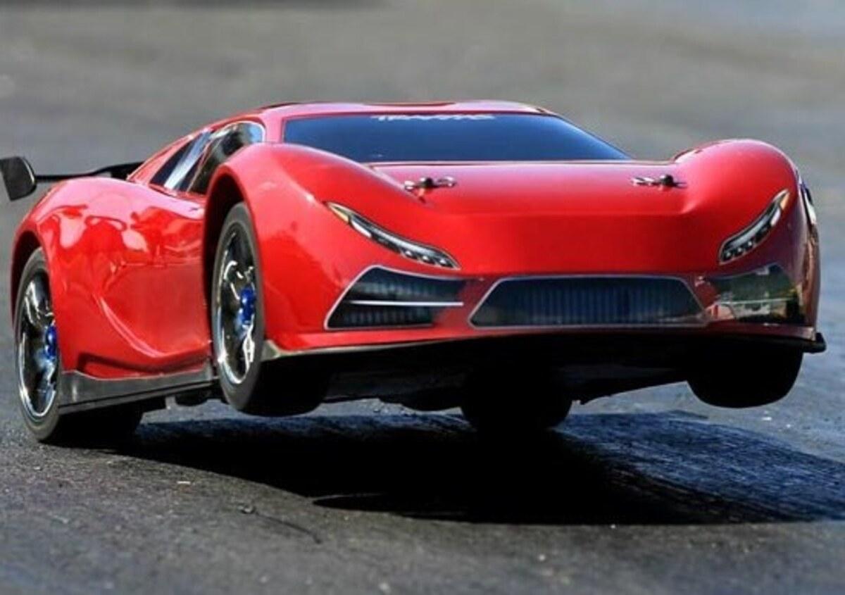 Traxxas XO-1: l'auto radiocomandata più veloce del mondo - News