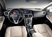 Volvo V40: svelati anche gli interni