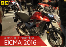 Honda VFR 800, Crossrunner, CB 500 a Eicma 2016: video