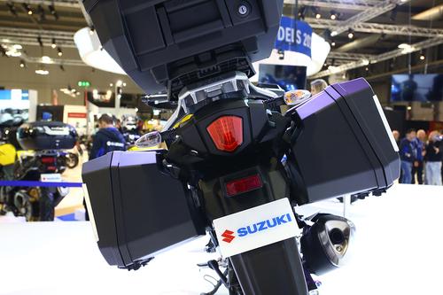 Suzuki V-Strom 250 2017 ad Eicma 2016: foto e dati (2)