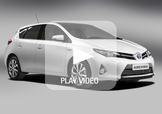 Toyota Auris Hybrid: si mostra in un video