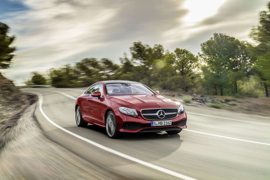 Nuova Mercedes Classe E coupé 2017: eccola in abiti sportivi. Arriva a Detroit [Video] (3)
