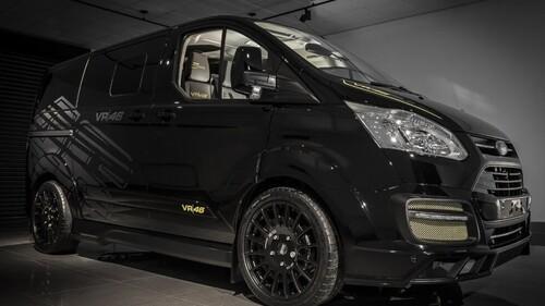 Ford omaggia Valentino Rossi: ecco Transit e Ranger VR|46 Edition (2)