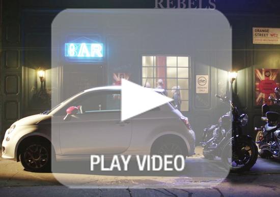 La Fiat 500 si scontra con le Harley-Davidson in una pubblicità
