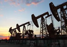 Petrolio: diminuiscono i prezzi, aumentano i consumi