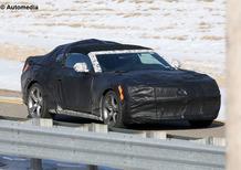 Nuova Chevrolet Camaro Cabrio: beccata la nuova generazione in fase di test