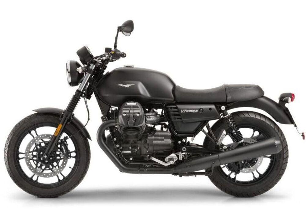 Moto Guzzi V7 III Stone (2017 - 19) (4)