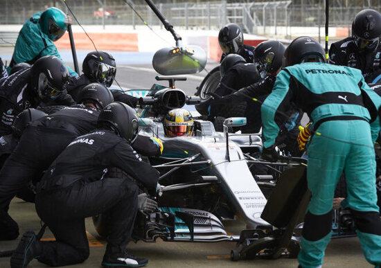 Mercedes e Qualcomm: wi-fi da Formula 1