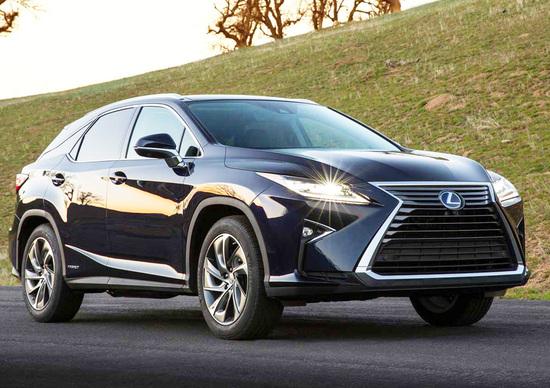 Nuova Lexus RX: design sempre più tagliente e futuristico
