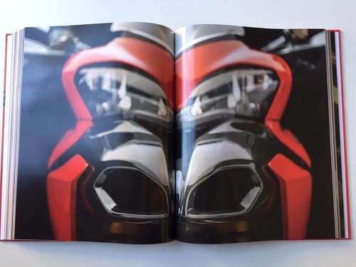"""Libri per motociclisti: """"Stile Ducati. Una storia per immagini"""" (8)"""