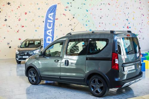 Dacia: ecco la serie speciale Brave (8)