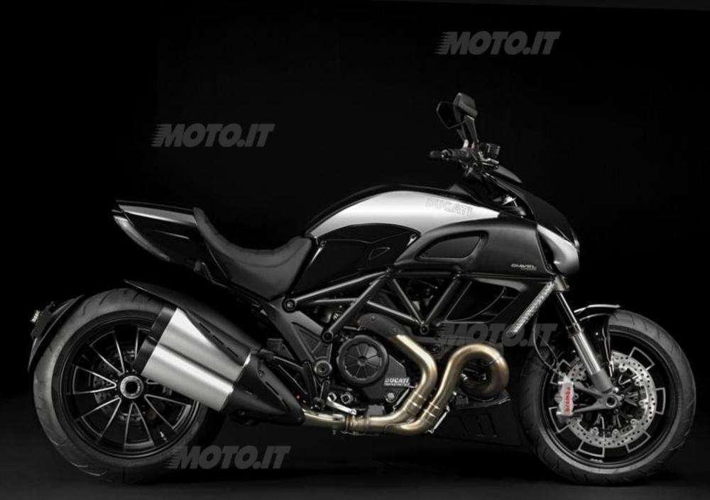 Ducati Diavel Cromo (2012) (3)
