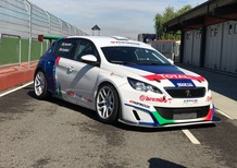 Peugeot, Stefano Accorsi in gara con la 308 Racing Cup [Video]